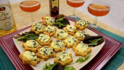 fromage : Plat de canapés au jambon et à la fourme d'Ambert