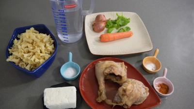 Ingrédients pour la recette : Confit de canard aux pâtes