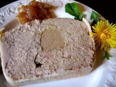 Cuisson au bain-marie : Part de terrine de campagne au foie gras
