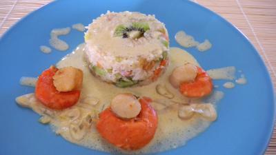 Riz à la noix de coco : Assiette de Saint-Jacques au safran