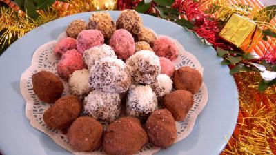 confiserie : Assiettes de truffes au chocolat