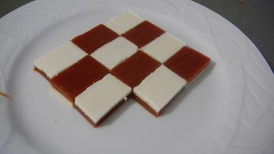 Amuse-bouche moléculaire à la tomate et mozzarella - 16.1