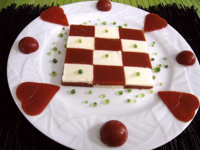 Agar : Assiette d'amuse-bouche moléculaire à la tomate et mozzarella