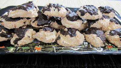 rochers : Plateau de rochers à la noix de coco et chocolat