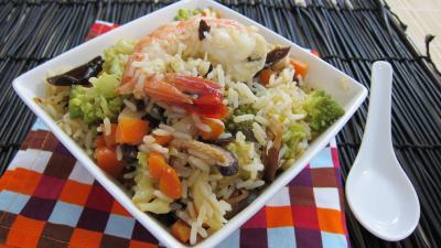 sauce hoisin : Assiette de riz minceur aux crevettes