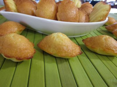 madeleine : Plat de madeleines de Commercy