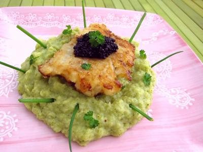 cabillaud : Assiette de mousseline de brocolis et cabillaud
