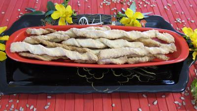 gressins : Plat de gressins aux graines de tournesol