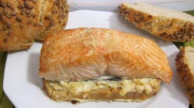 sauce au citron vert : Assiette de bruschetta de saumon
